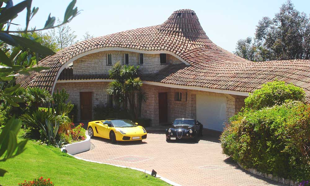 Villa Oxygene and Lamborghini